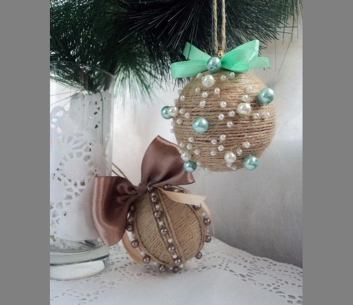 Новогодний шар из шпагата своими руками