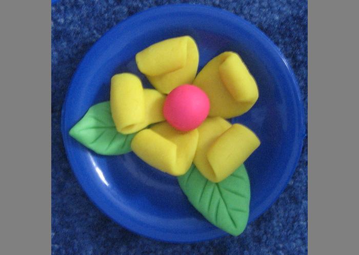 Как сделать из пластилина цветки