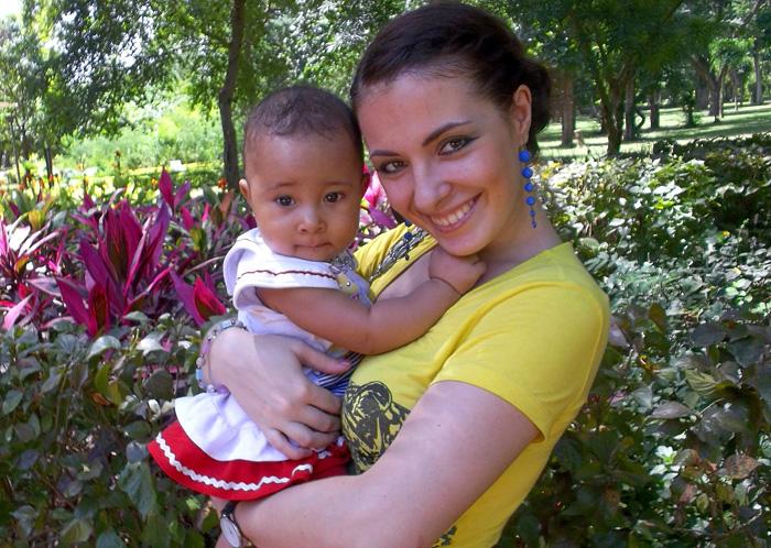 Катя с дочкой Викой