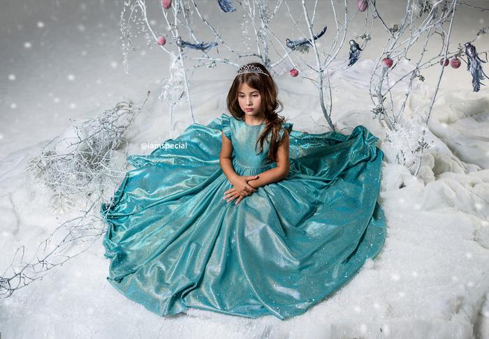 Платье для девочки на праздник