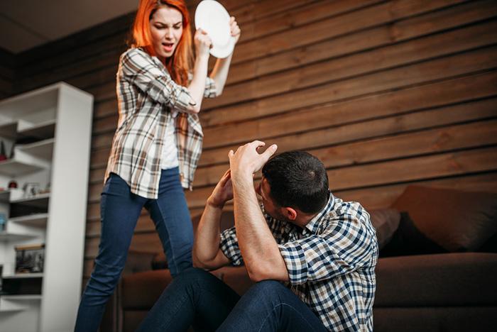 ПМС может проявляться раздражением и агрессией