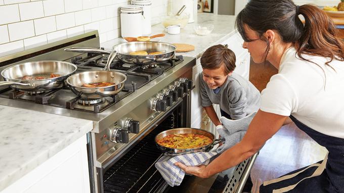 Приготовление семейного обеда