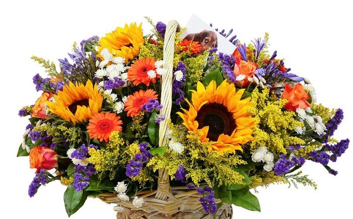 Корзина цветов от класса к 1 сентября